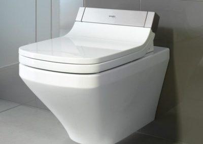 Bidetové sedátko se dá připevnit na prakticky jakoukoli WC mísu